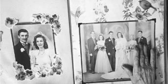 تا حالا فکر کردید اگر عکسهای خانوادگی وجود نداشتند چه میشد؟ تصاویر خاطرات ما را حفظ می کنند و داستان ما را می گویند.