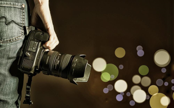 در این مقاله، ایده هایی فوق العاده و حرفه ای برای عکاسی خلاقانه شرح داده شده اند تا بتوانید با بکارگیری این ایده ها عکس هایی حرفه ای تر و جذاب تر داشته باشید.